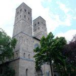Kirche-fuer-die-Trauung-suchen-1