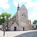 Kirche-fuer-die-Trauung-suchen-3